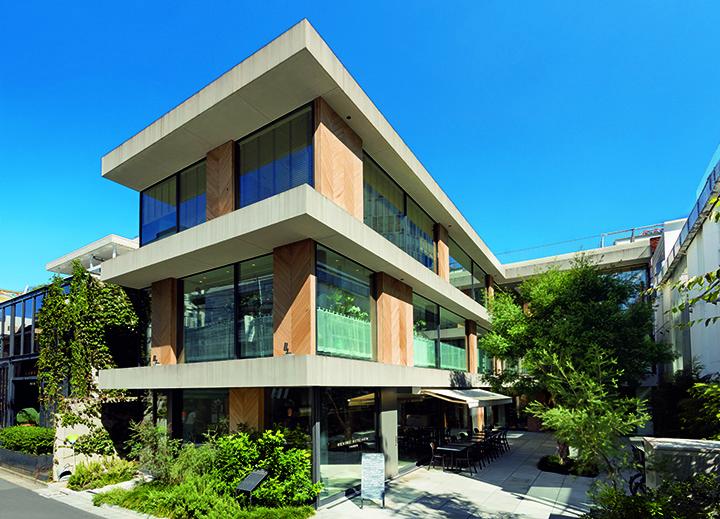 Kita-Aoyama San cho-me Building
